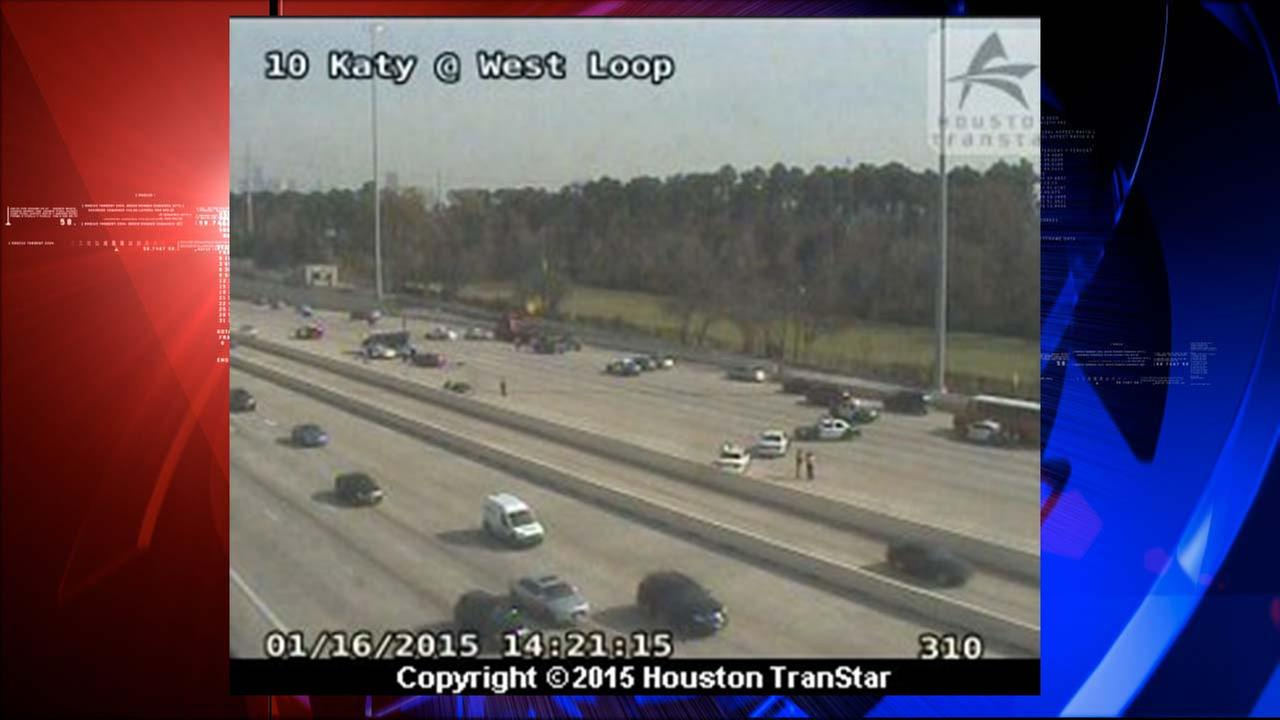 Several lanes shut down at I-10 near West Loop after apparent crash