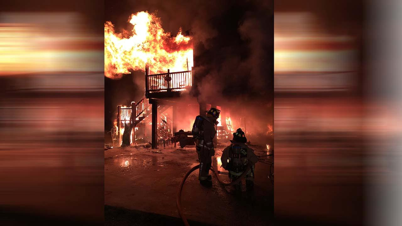 San Leon firefighters rescue two of their own amid house fire