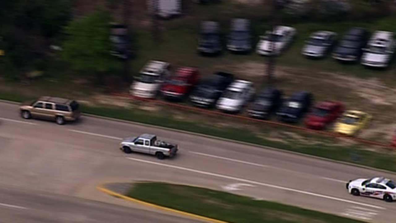 High-speed pursuit ends at home in NW Harris County
