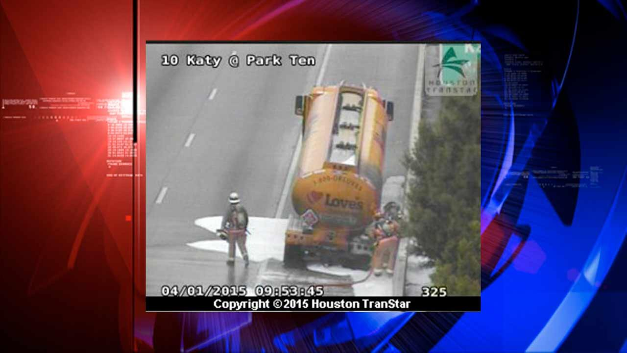 WB lanes of I-10 at Park Ten reopen following tanker truck fire
