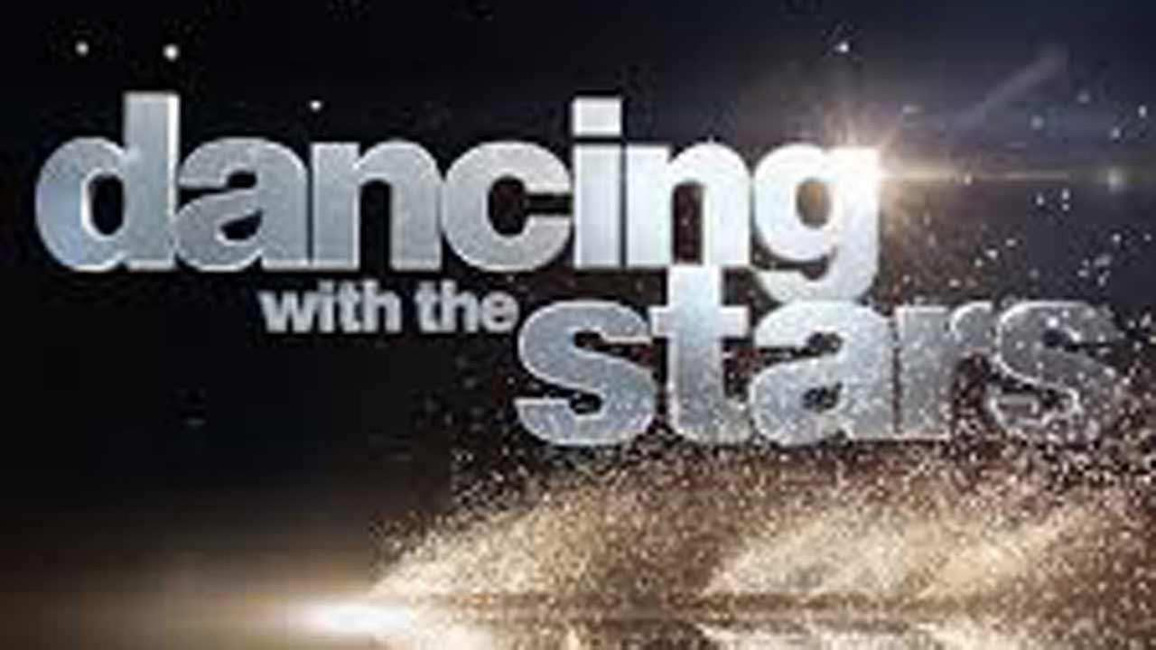 'Dancing With the Stars' to hit the road this summer