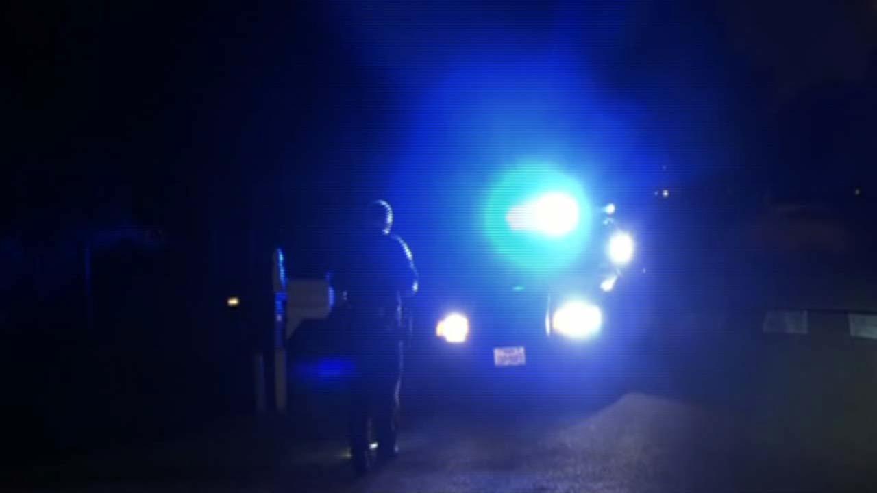 Man found shot in southwest Houston street