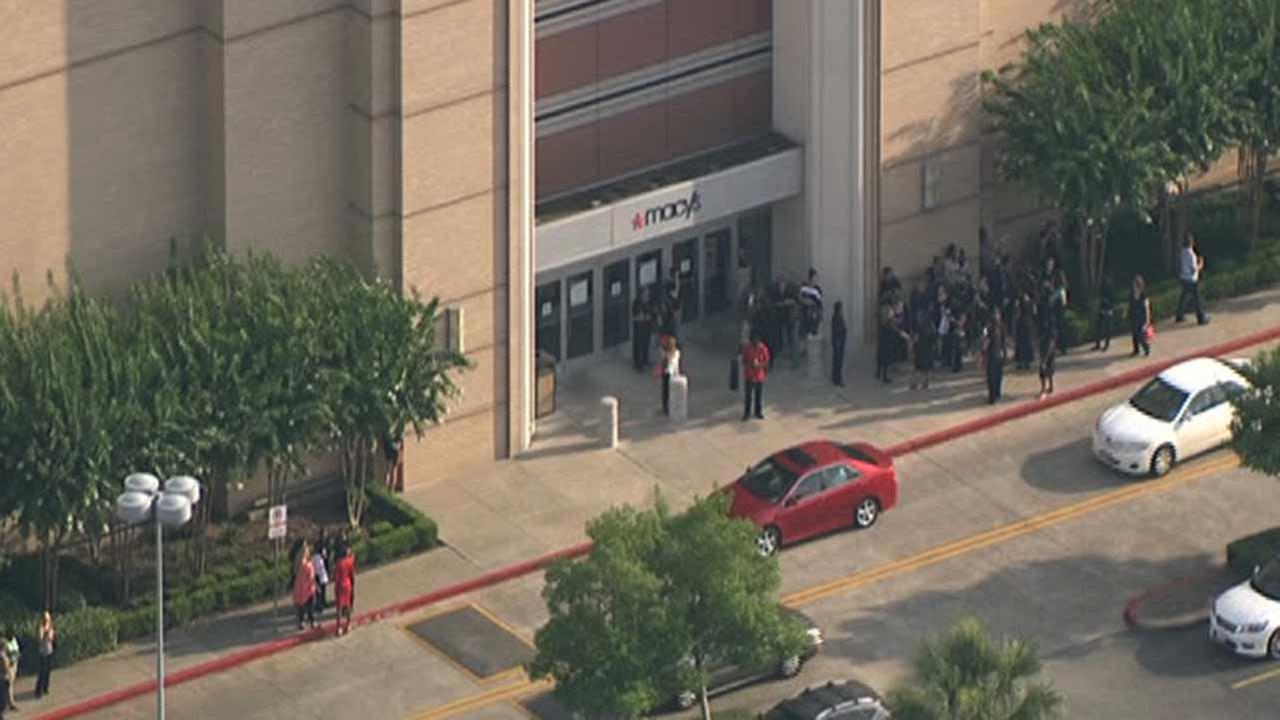 Memorial City Mall opens back up after evacuation