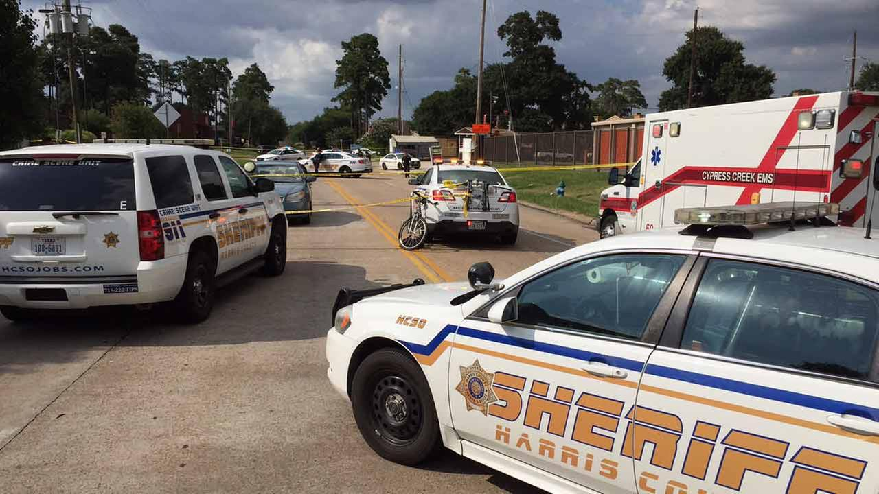 Person shot, killed in north Harris County