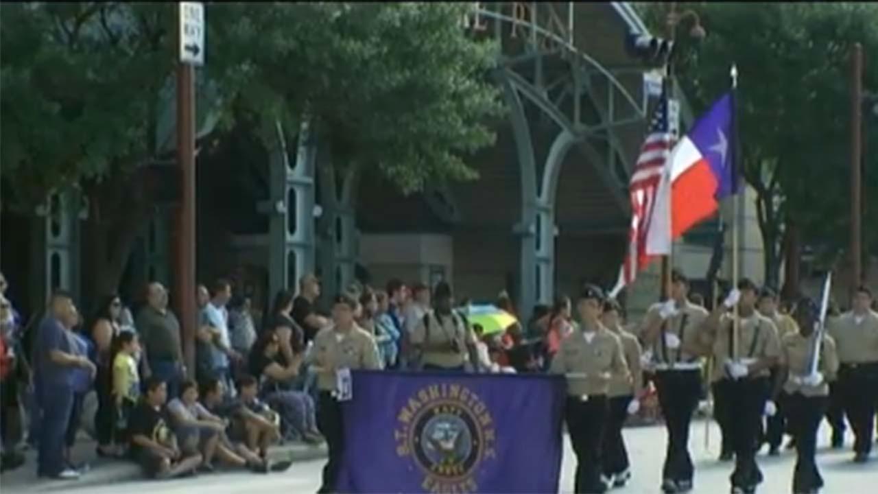 LIVE: Fiestas Patrias parade marches through downtown Houston