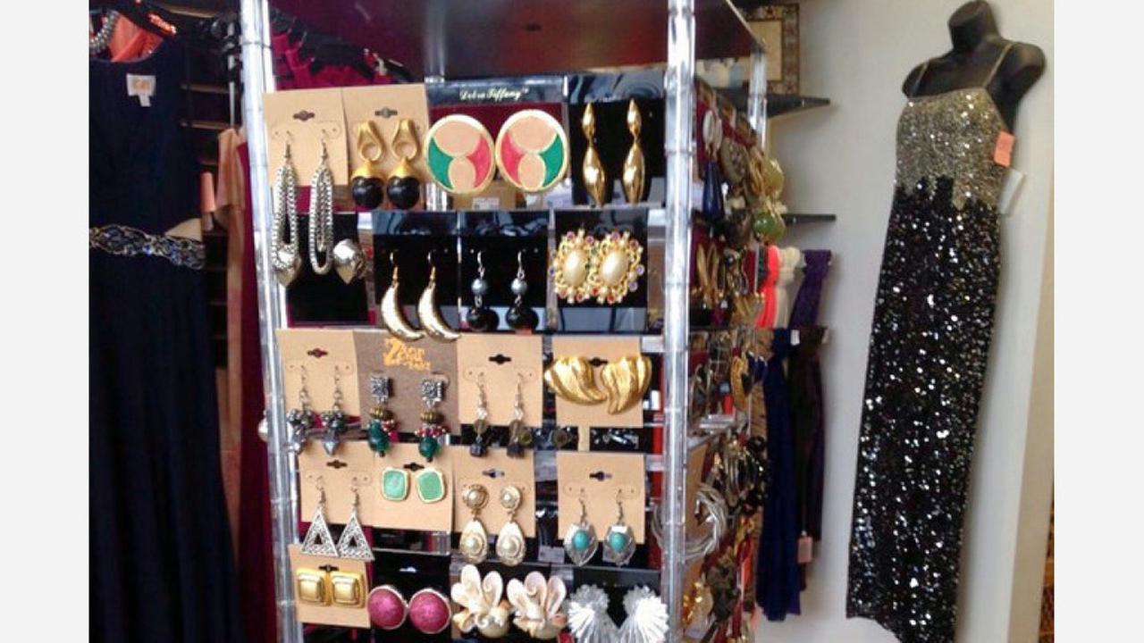 Julies Closet. | Photo: Nara L./Yelp