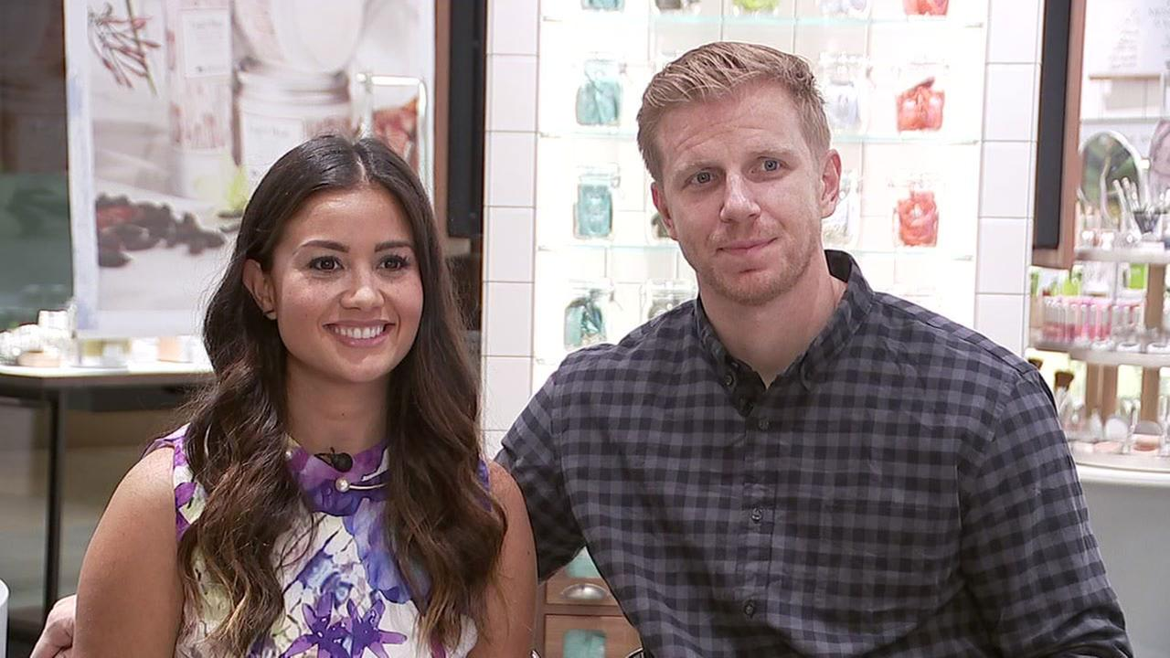 'The Bachelor' couple Sean Lowe, Catherine Lowe expecting first child