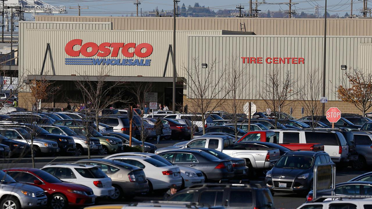 Costco customers complain about card switch to Visa from American Express