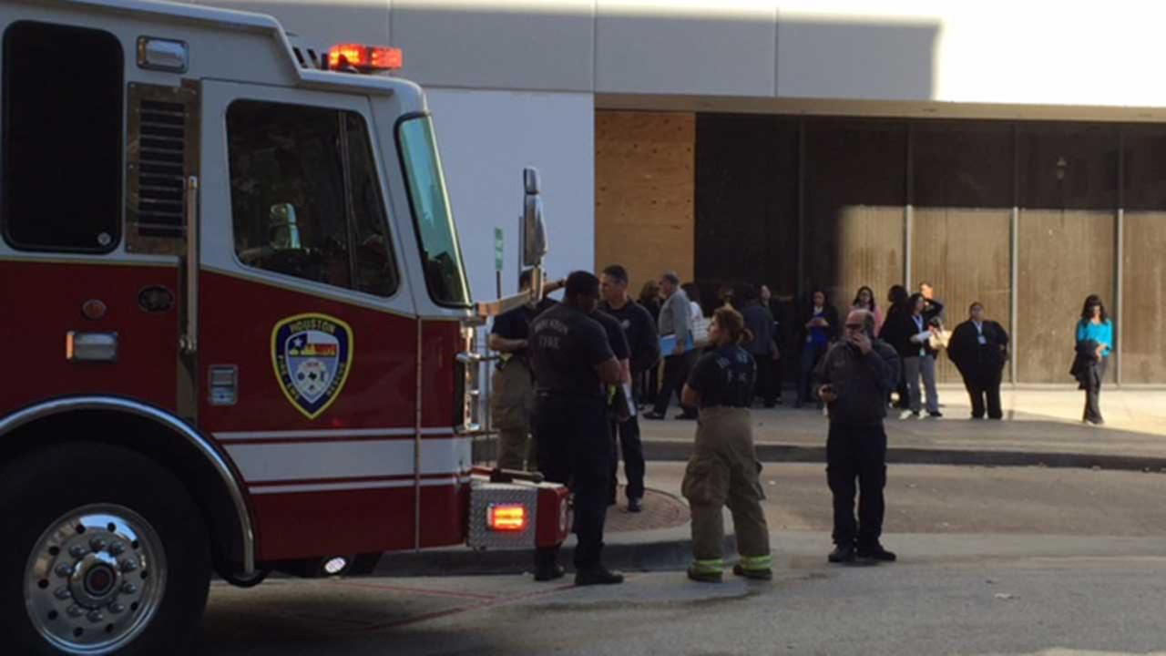 Suspicious package forces evacuation at Harris Co. tax office;