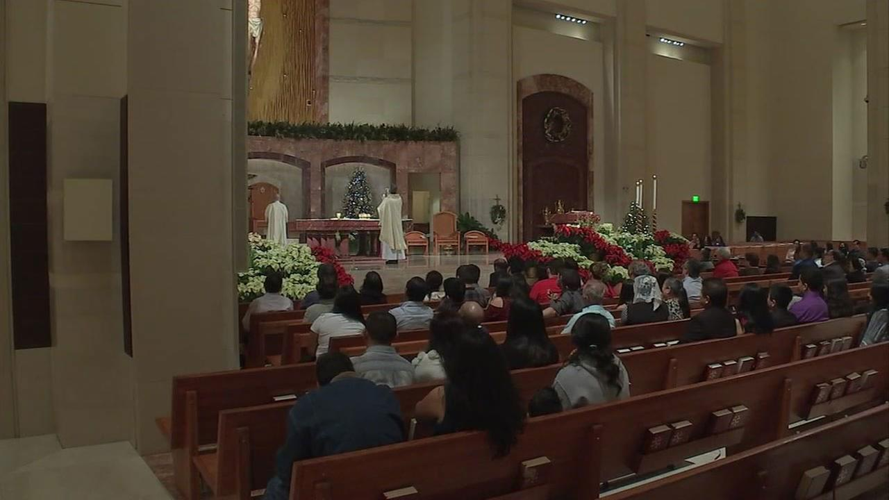 5 Christmas Eve Masses in Houston