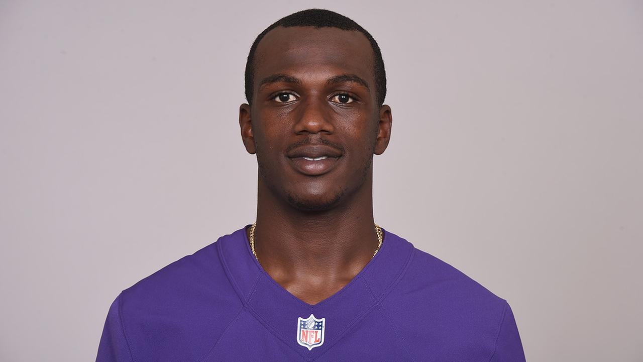 Ravens CB Tray Walker dies after dirt bike accident, agent says