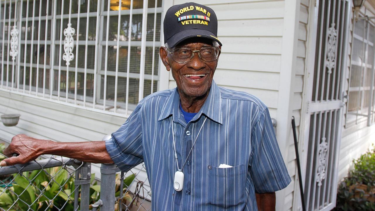 Texas native and oldest living WWII veteran celebrates 110th birthday