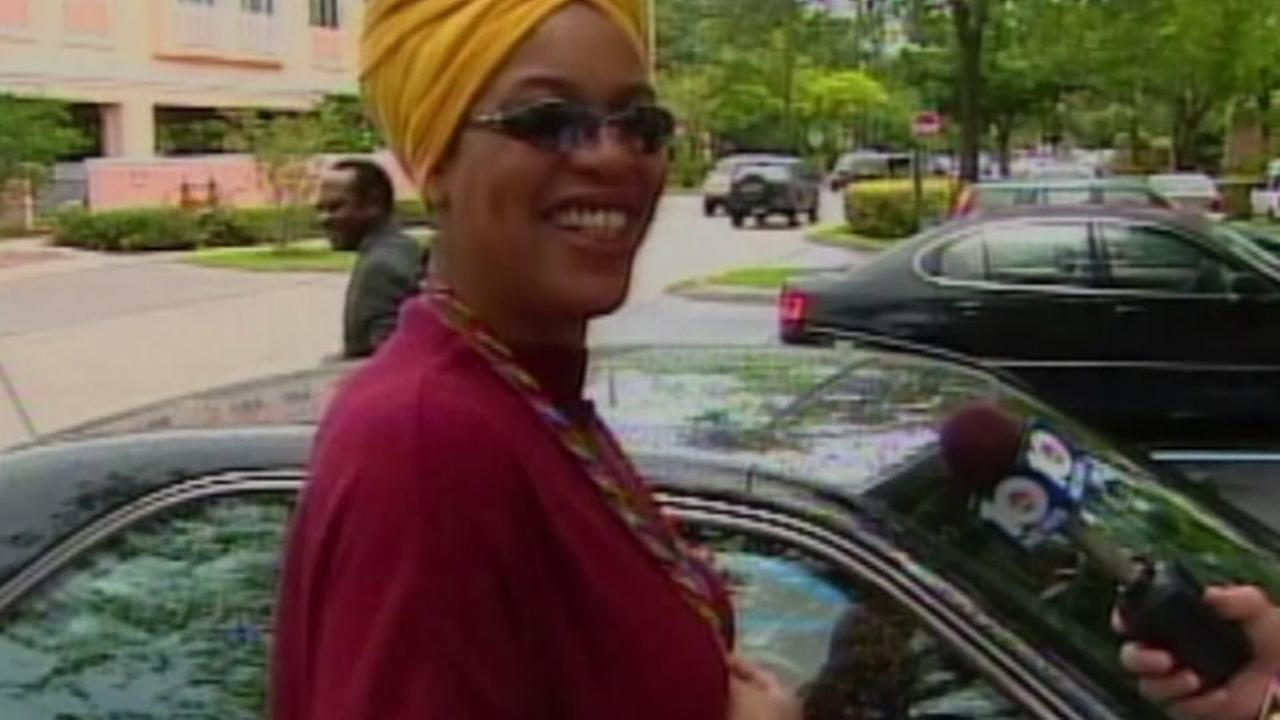 Actress who played TV psychic Miss Cleo dies  at 53
