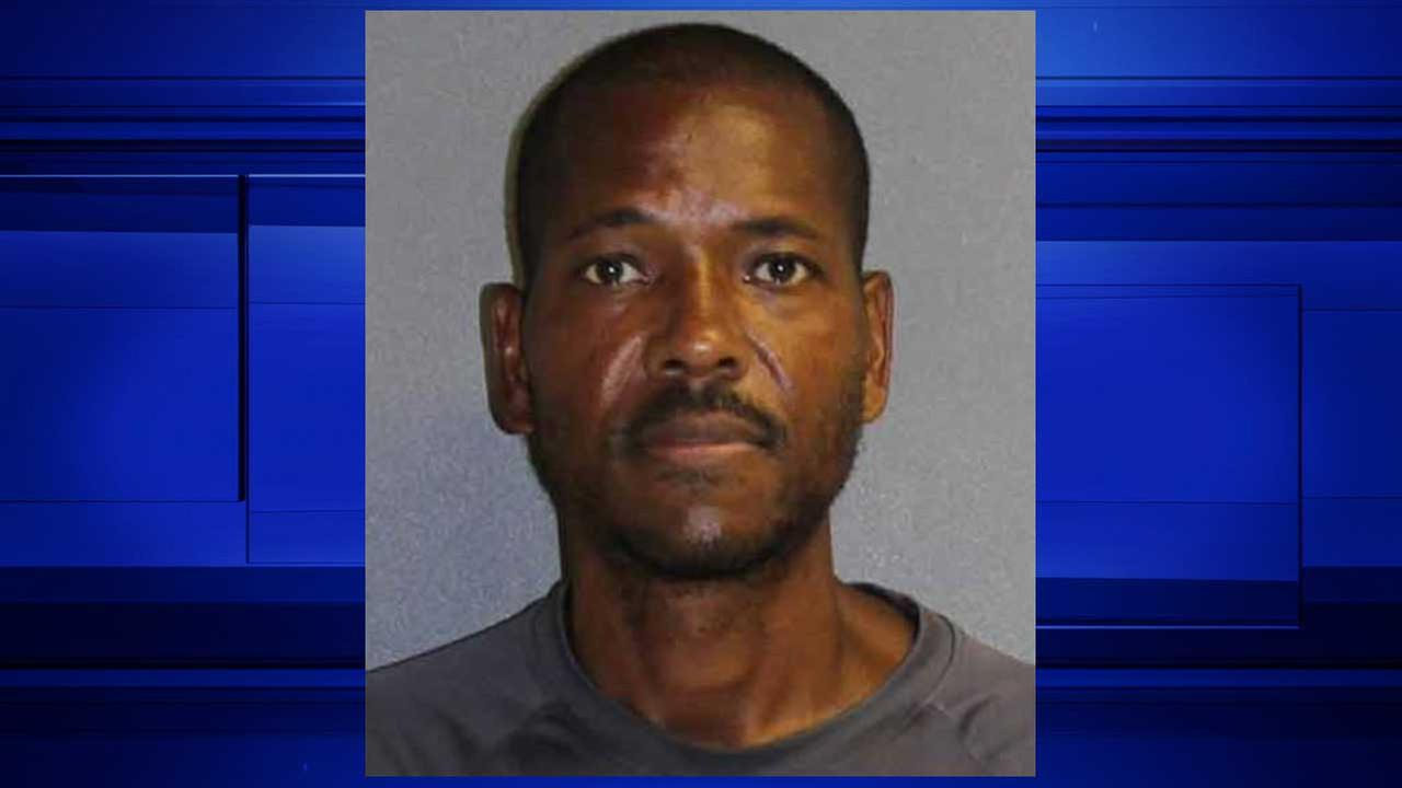 Deputies: Florida man used dirty pool to baptize boy