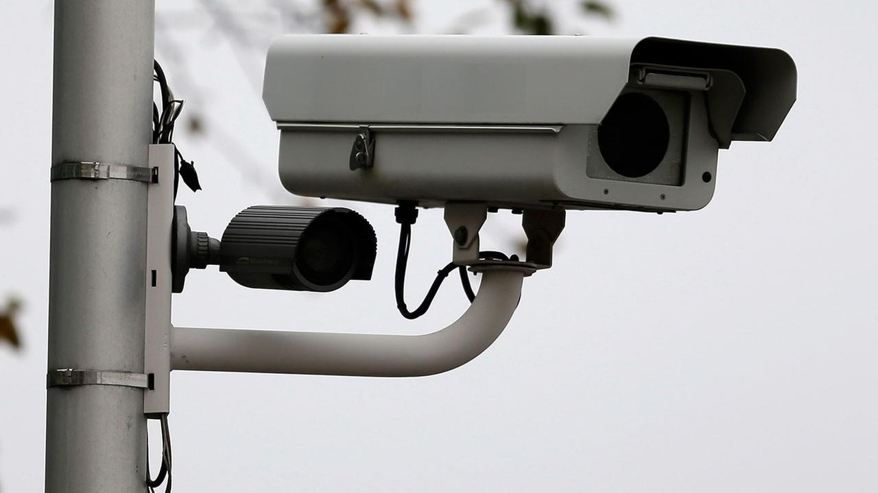 Red light camera bans proposed by Illinois lawmakers