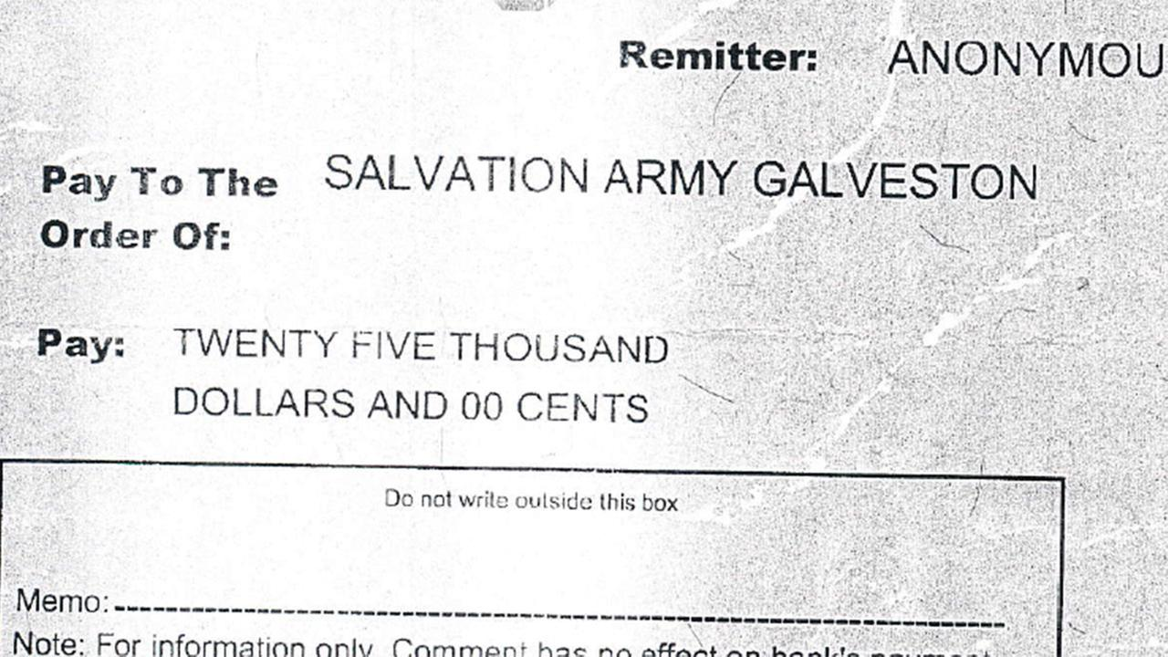 Donor drops $25,000 cashier's check in Salvation Army Red Kettle