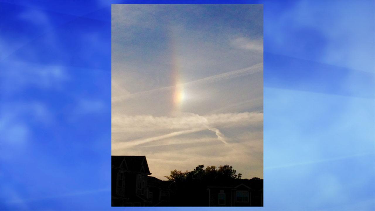 Sunshine produces a sky full of atmospheric optic phenomena