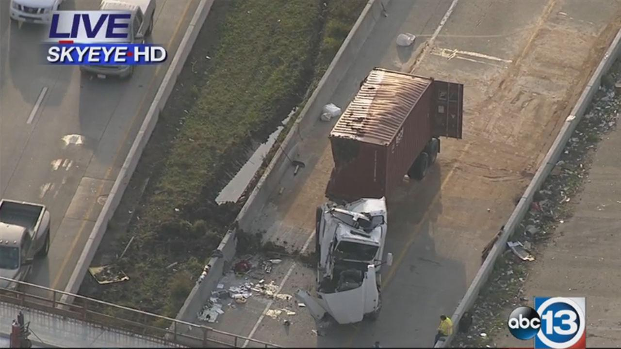 Overturned big rig making for big traffic mess east of downtown