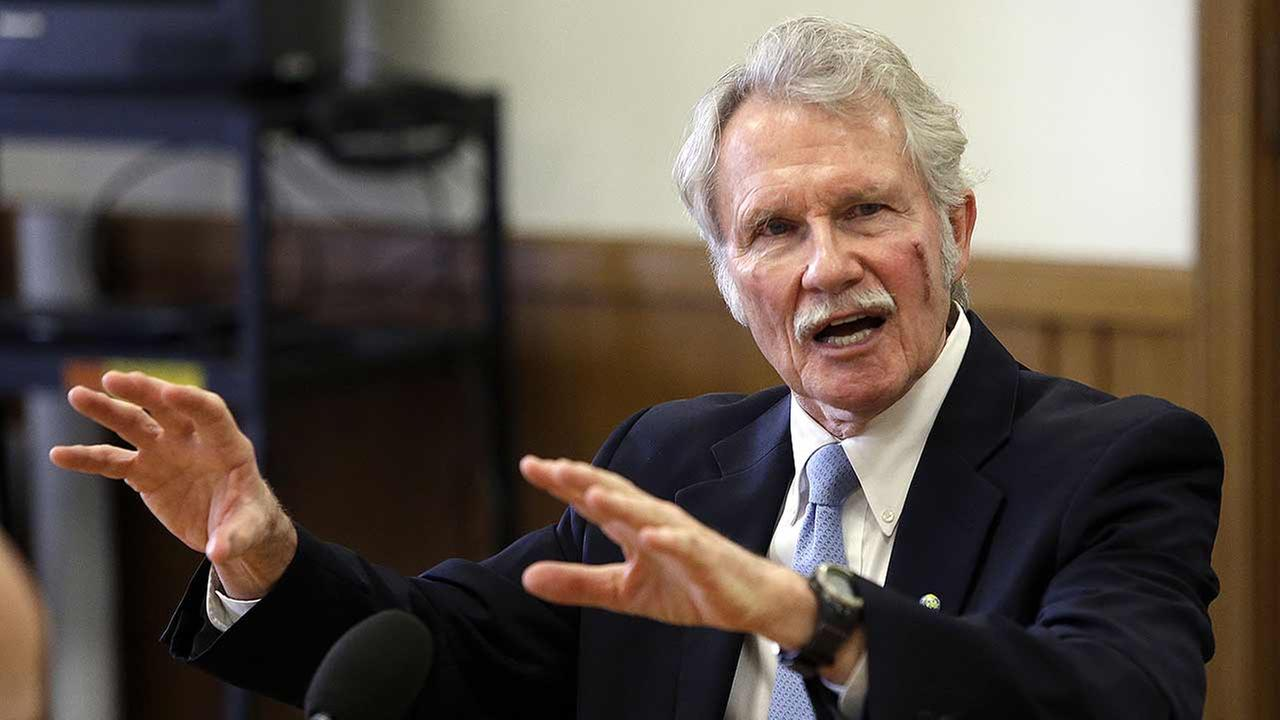 Oregon Gov. John Kitzhaber speaks during a legislative forum at the Capitol in Salem, Ore., Tuesday, Jan. 27, 2015