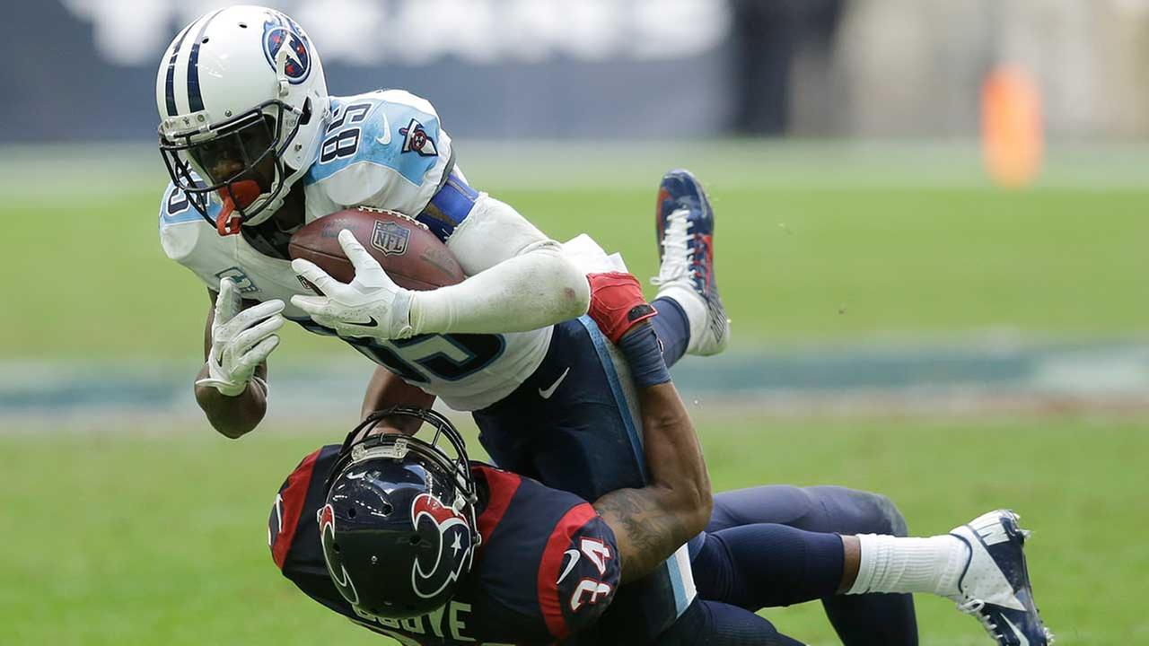 The Texans picked up WR Nate Washington Wednesday