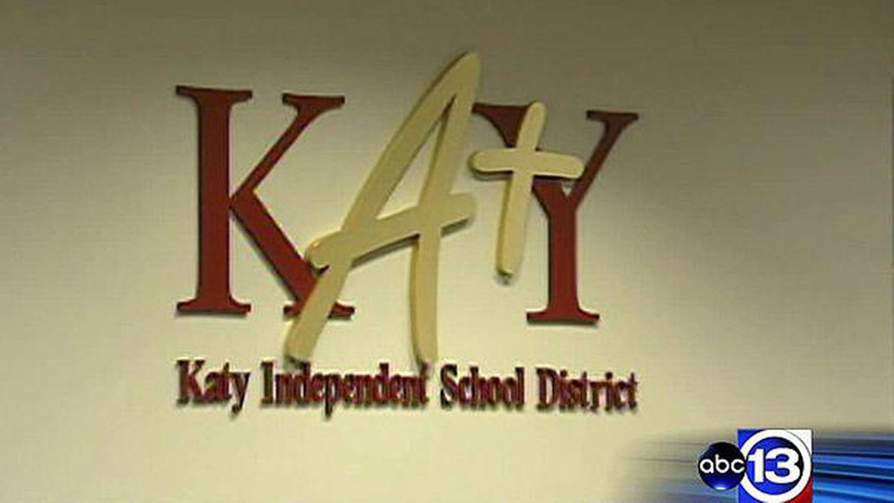 14 treated after student sets off pepper spray in Katy ISD classroom