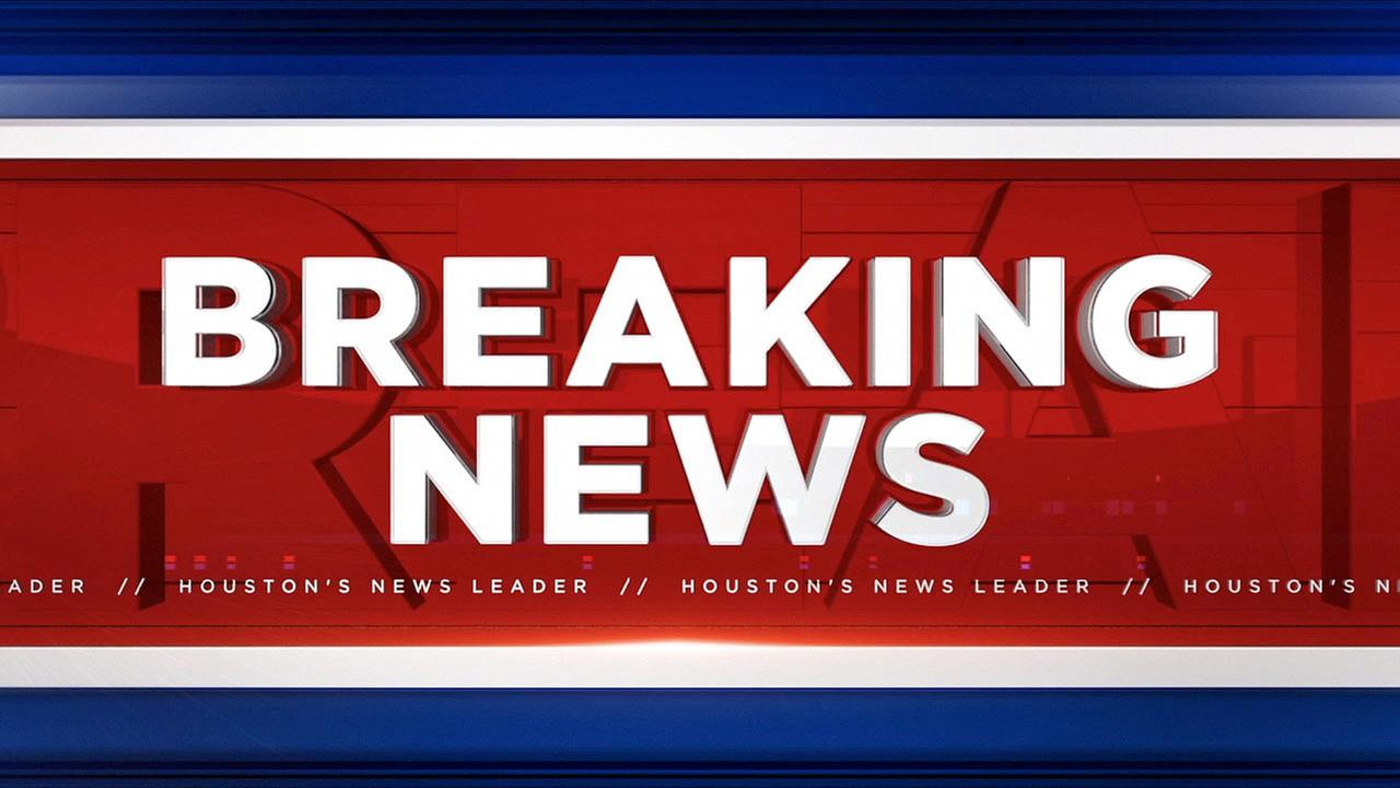 Body found near parking garage in downtown Houston