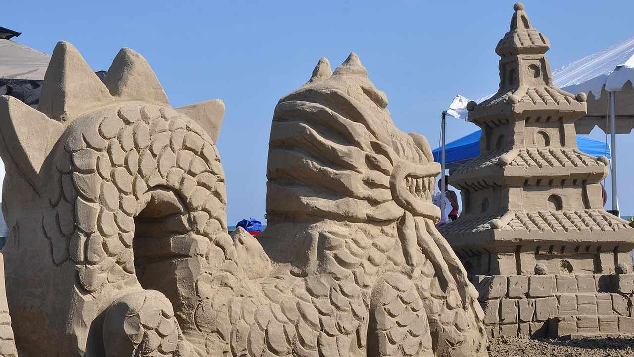 Bizarre brassieres, sandcastles and other happenings this weekend in the Houston area
