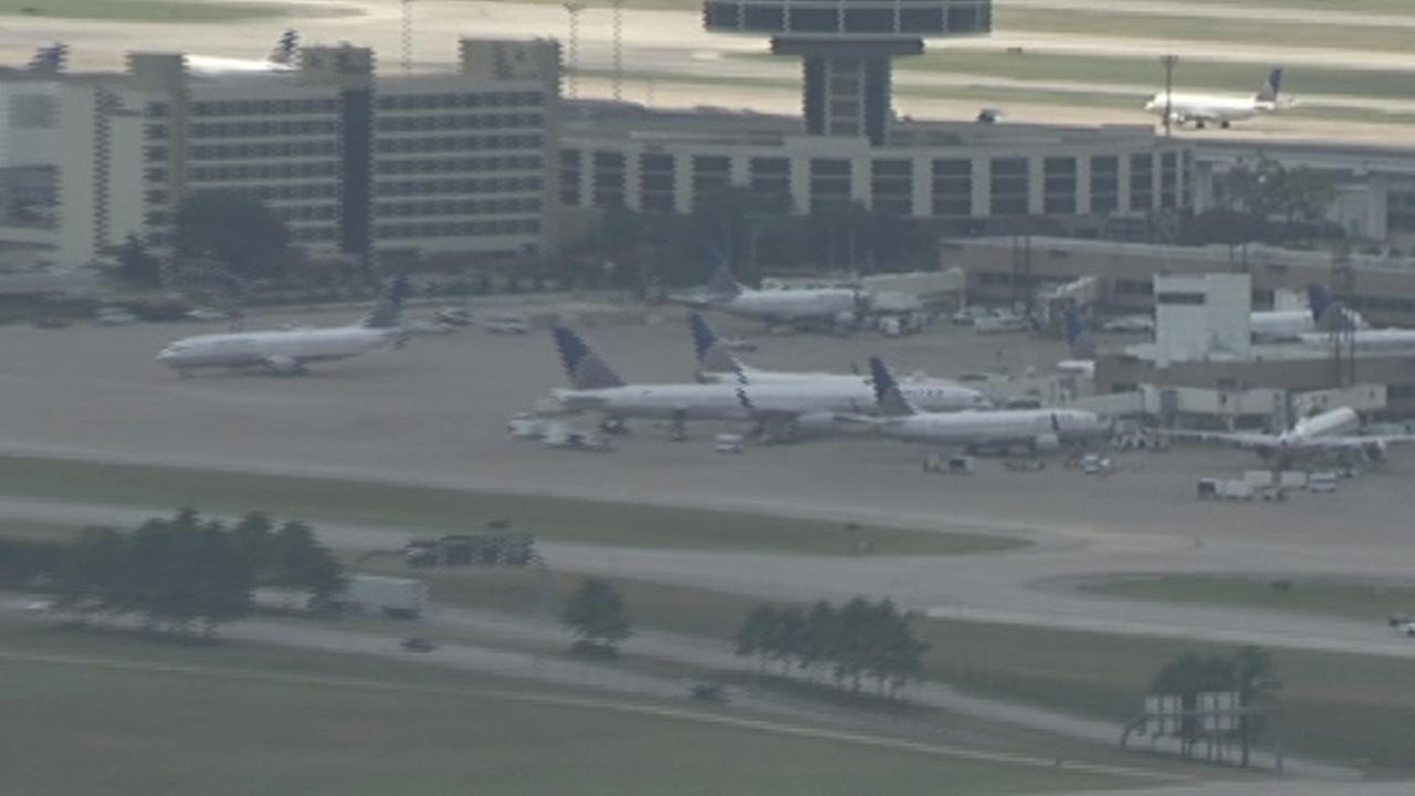 Plane returns to IAH after takeoff due to mechanical issue
