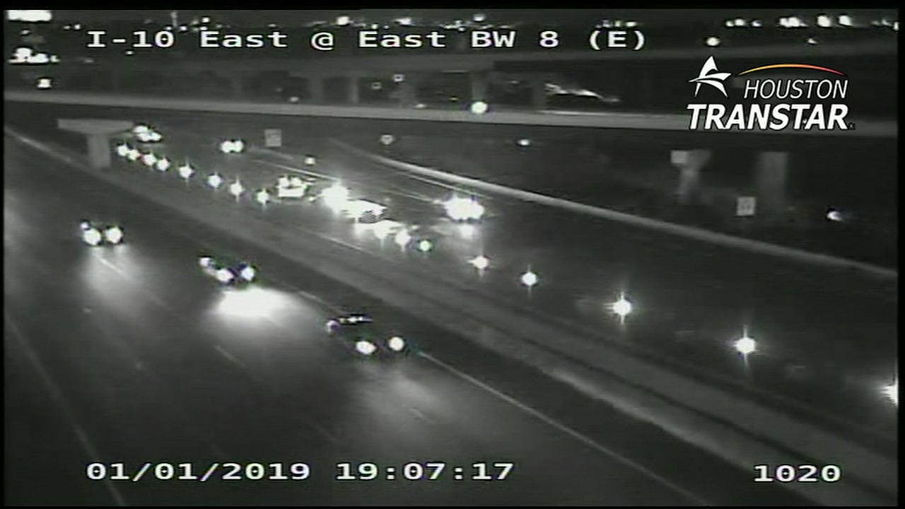 An eyewitness said there is a body on the roadway at East Freeway near Dell Dale Street.