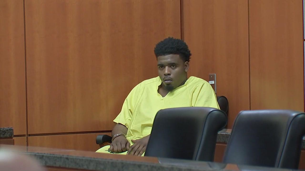 Eric Black, Jr. appears in court in connection with killing of Jazmine Barnes