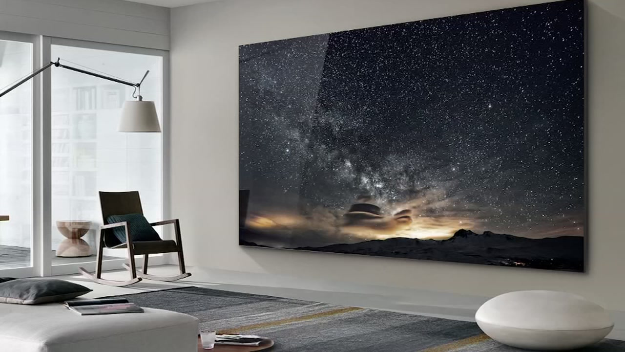 Samsung's 219-inch TV debuts at CES