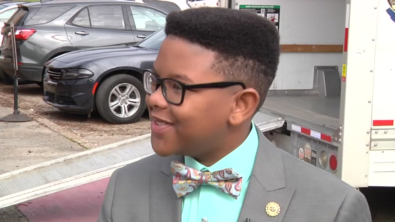 11-year-old Elijah Precciley is heading to Southern University and is majoring in physics.