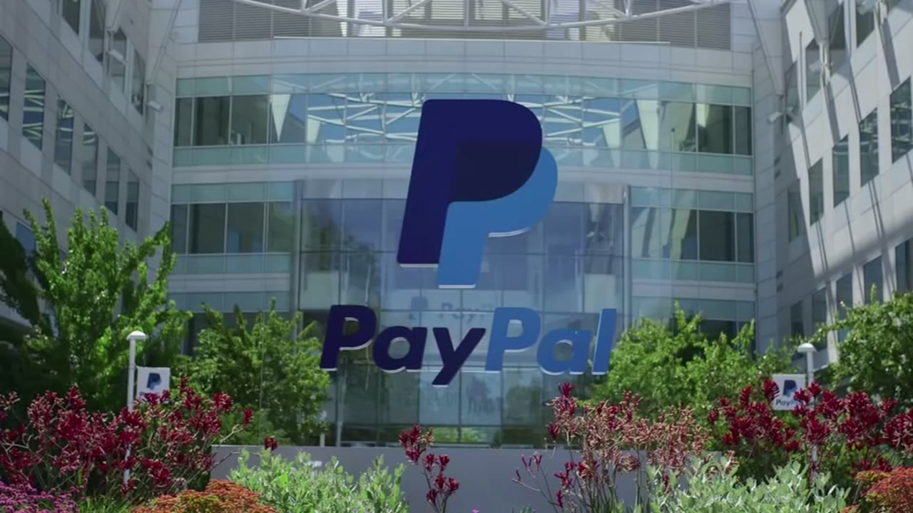 Pay pal helps federal workers during government shutdown