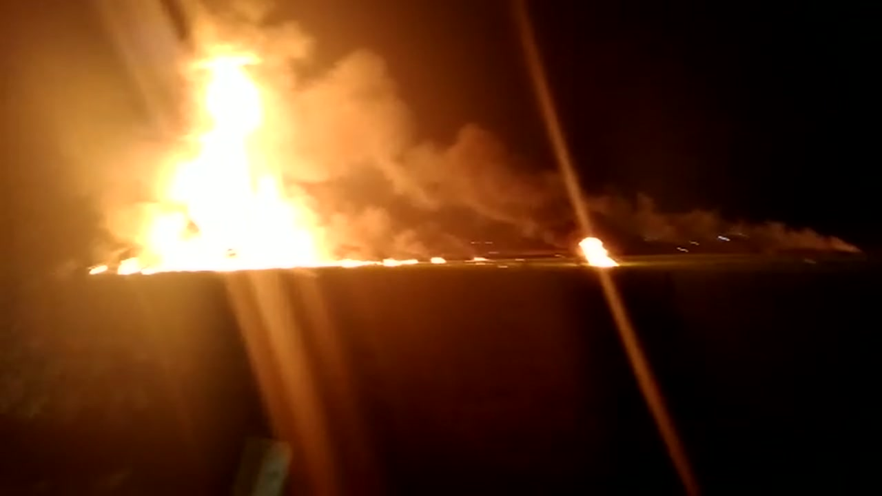 The massive pipeline explosion that left 21 dead in Mexico continues to burn.