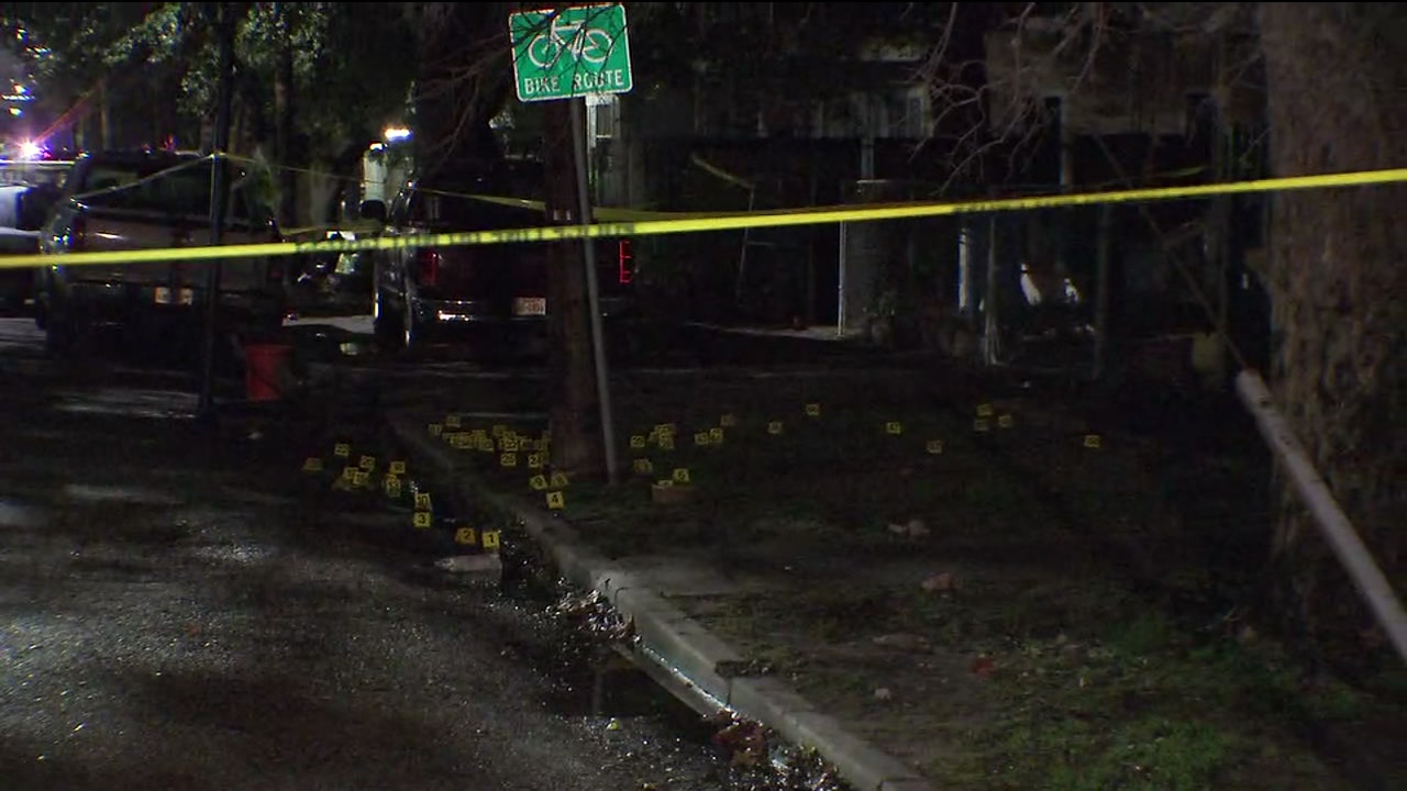 4 shot and 3 dead after home invasion in East Houston