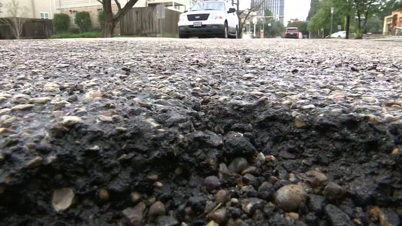 Some drivers say Houston mayor's pothole promise not being fulfilled