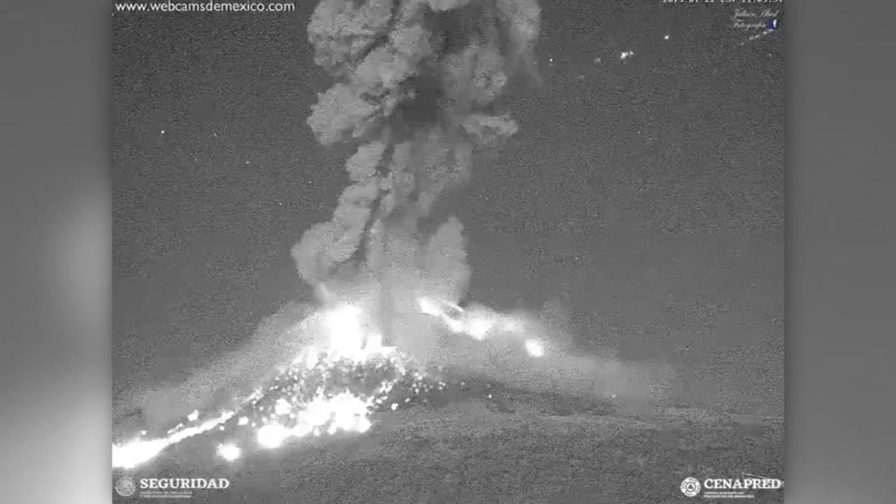 Popocatepetl volcanos eruption spews ash and smoke in Mexico