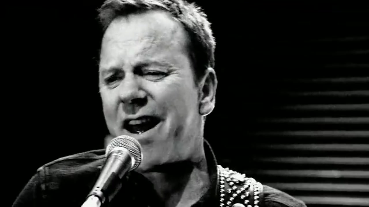 Kiefer Sutherland will play a concert with his band in Houston this weekend.