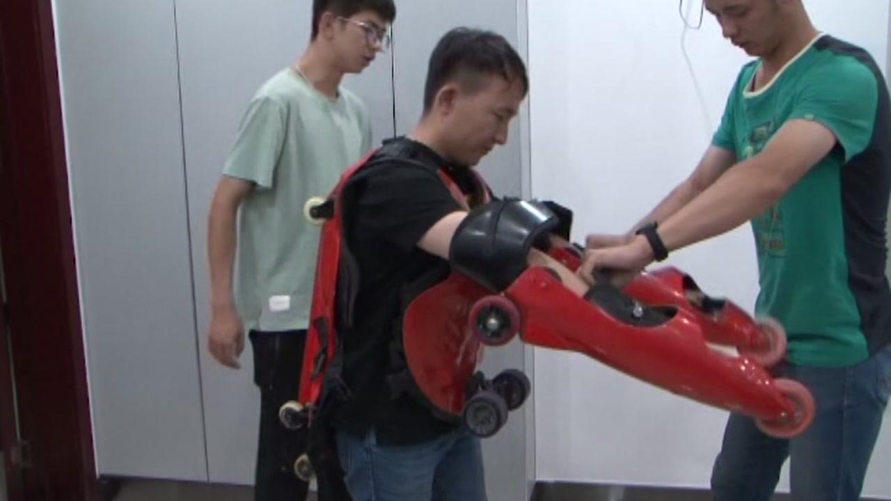 Man in homemade roller skating suit caught dodging traffic