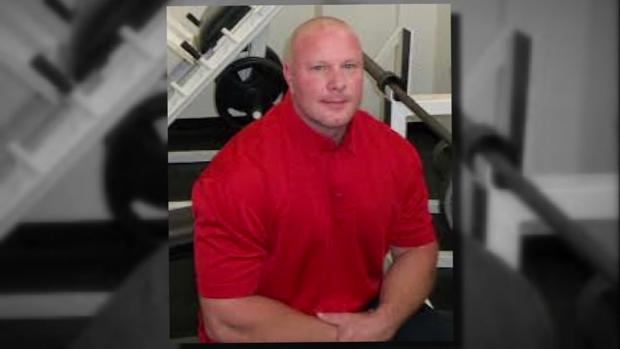 A memorial will be held for a Baytown officer who died.