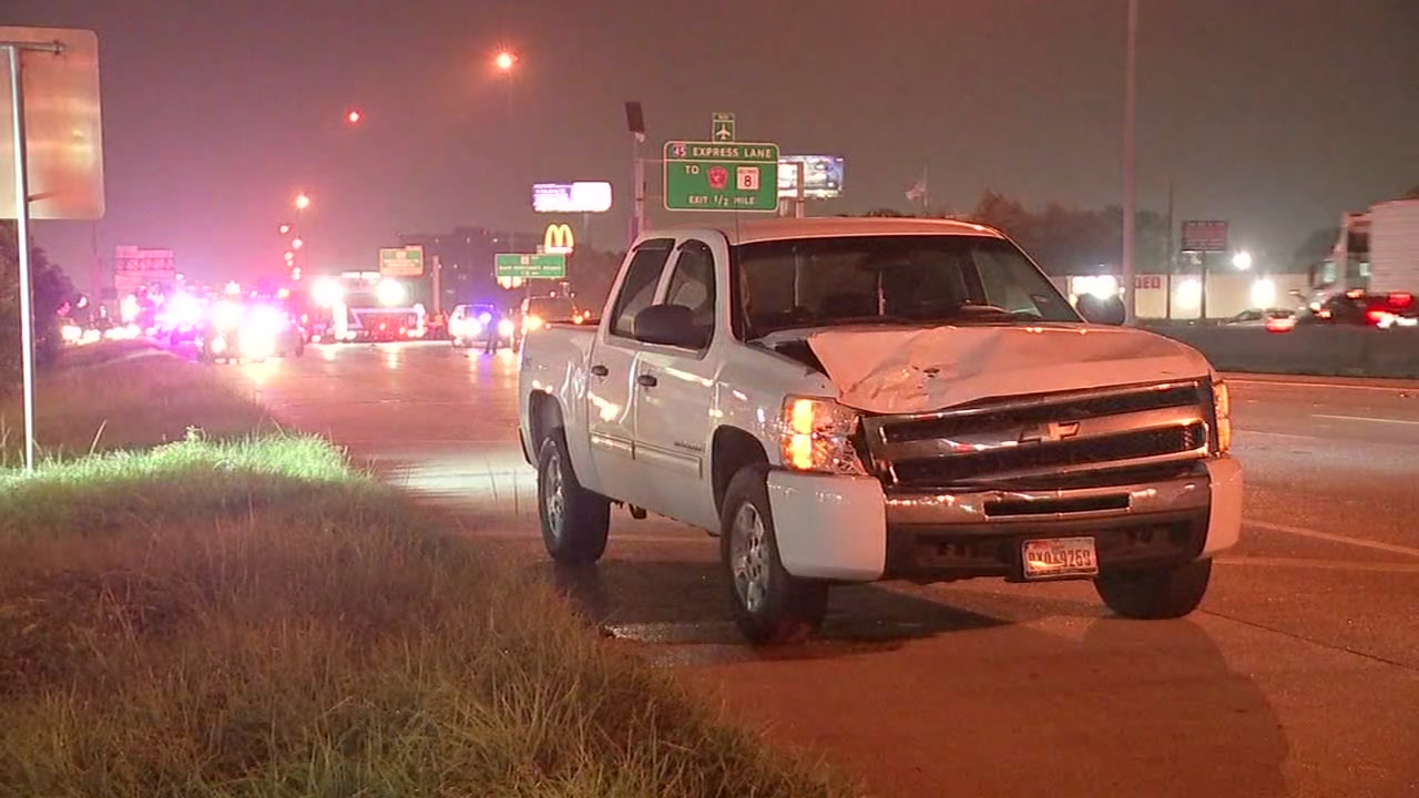 Woman fatally hit by pickup while crossing North Freeway