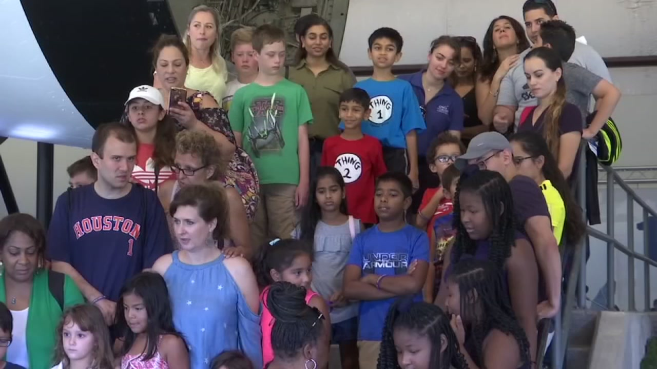Kids with autism get special tour of Space Center Houston
