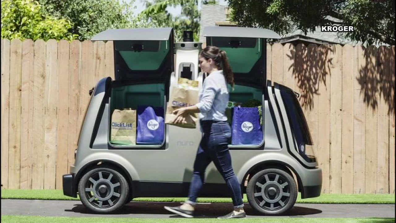 Driverless cars deliver groceries