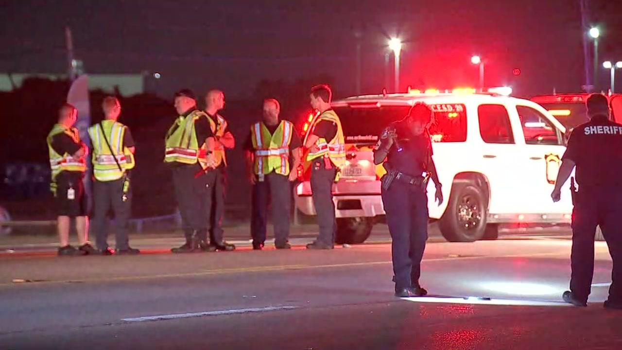 Woman dies after being hit while walking across highway in NW Harris Co., deputies say