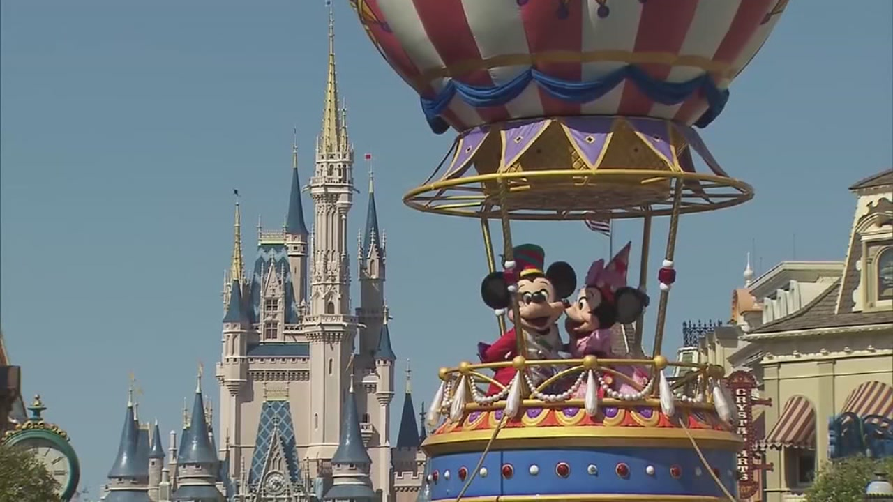 Would you like to help others plan a magical trip to Disney?