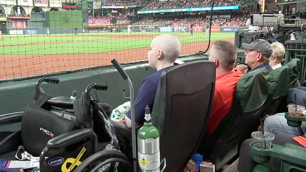 Teen Astros fan fighting cancer gets dream seats to see her team