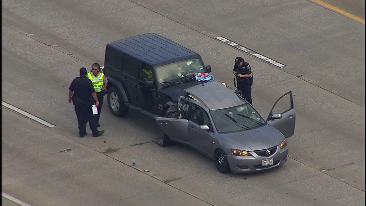 1 killed in crash on East Freeway.