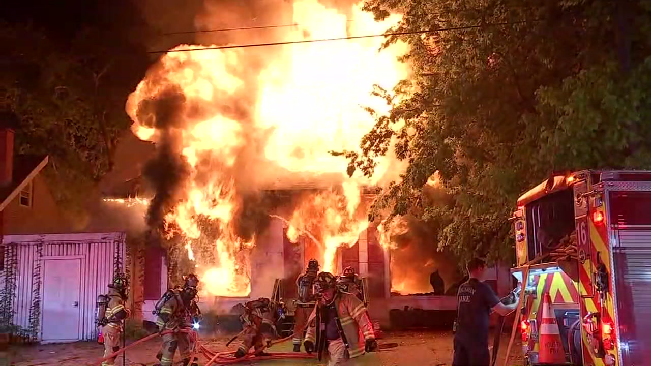 Huge fire burns multiple buildings in Montrose