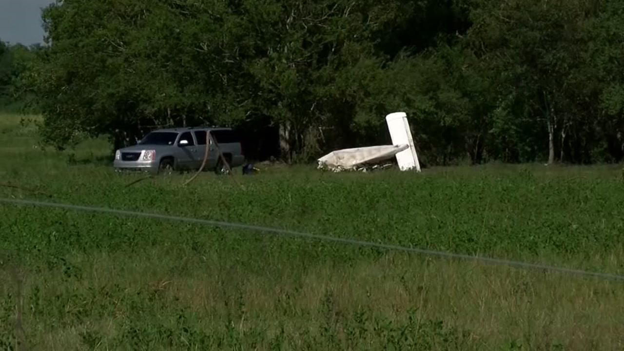 Authorities are investigating what caused the plane crash that killed a man and his 6-year-old daughter.