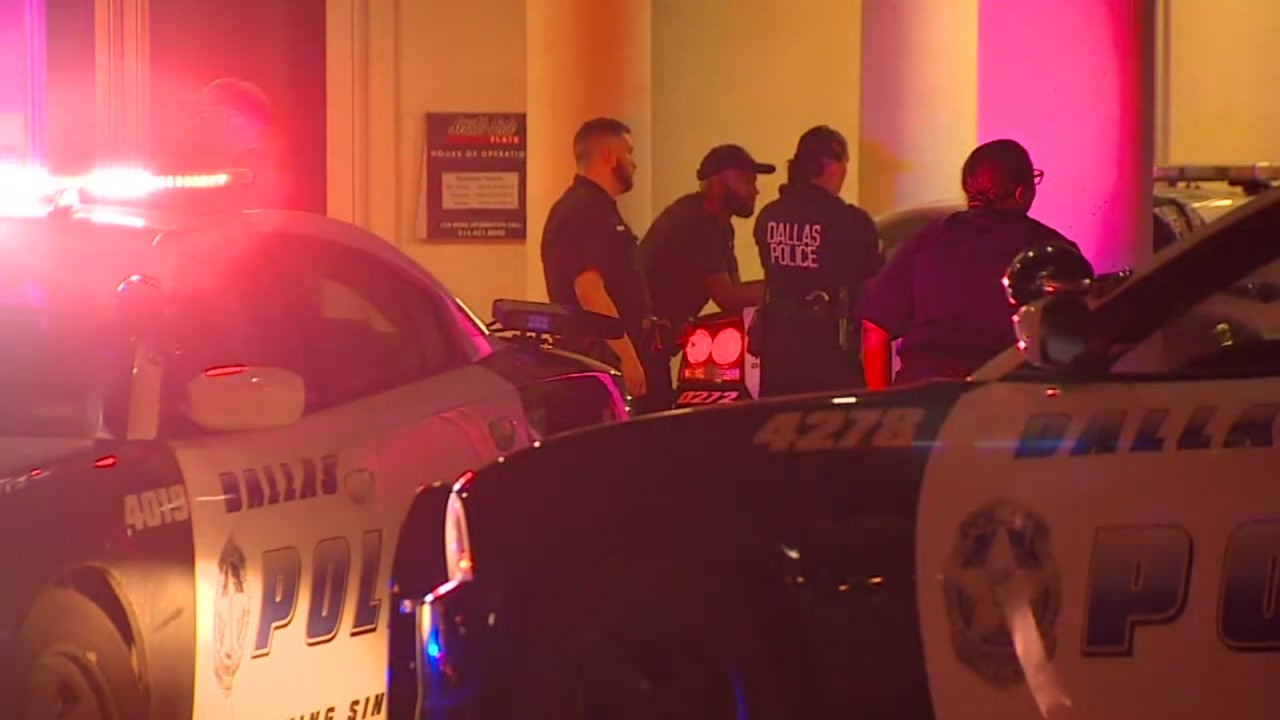 Police: Off-duty Dallas officer fatally shoots man after going into wrong apartment